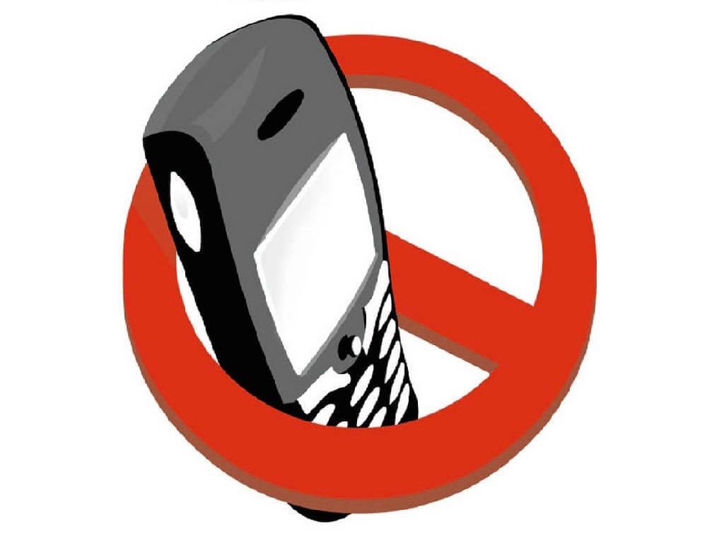 ¿Se puede usar el celular en el casino?